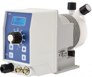 Bomba doseadora para desinfecção e correcção de pH em sistemas de tratamento de água